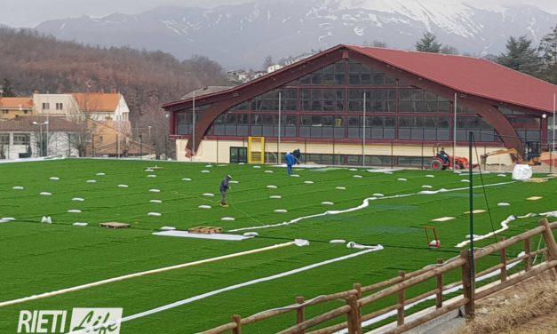 Amatrice, ecco il nuovo campo da calcio in sintetico: finanziato con le multe della Serie A
